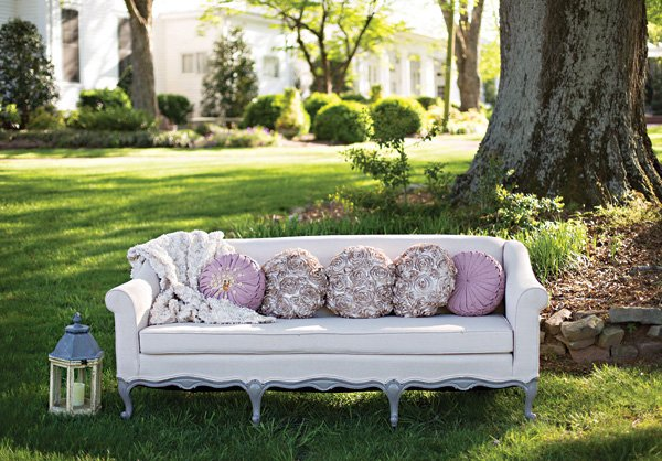 purple chaise lounge couch wedding seating