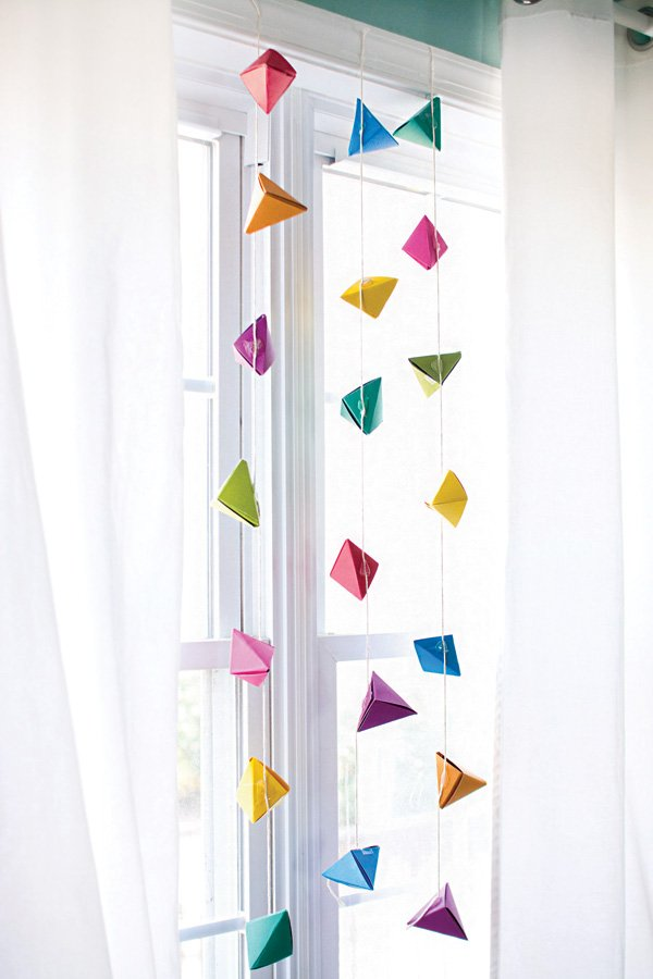 geometric shapes garland
