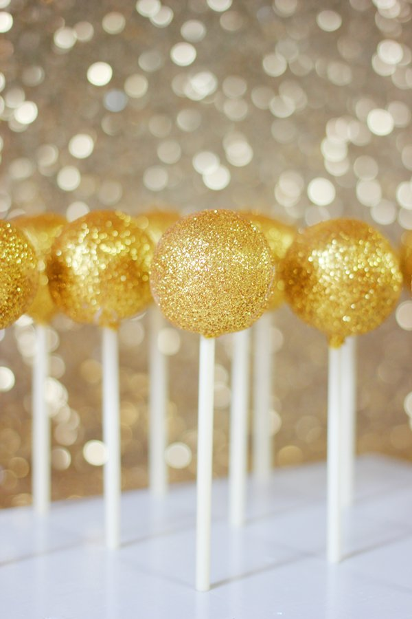 gold-cake-pops