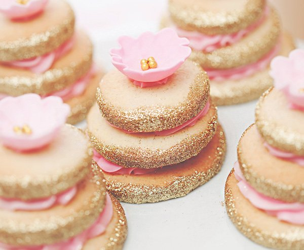 gold glitter flower topped cookie stacks