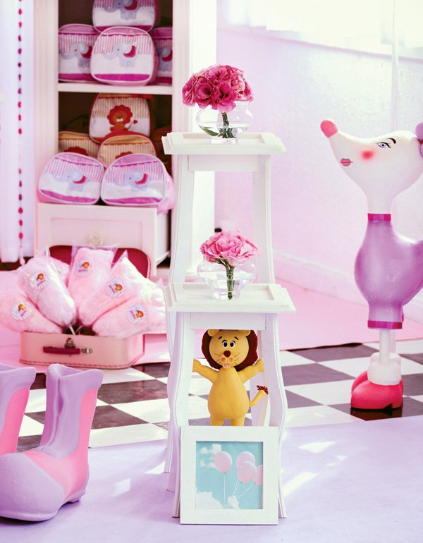 pink circus party decor
