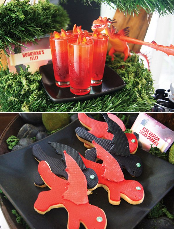 how to train your dragon red and black dragon cookies