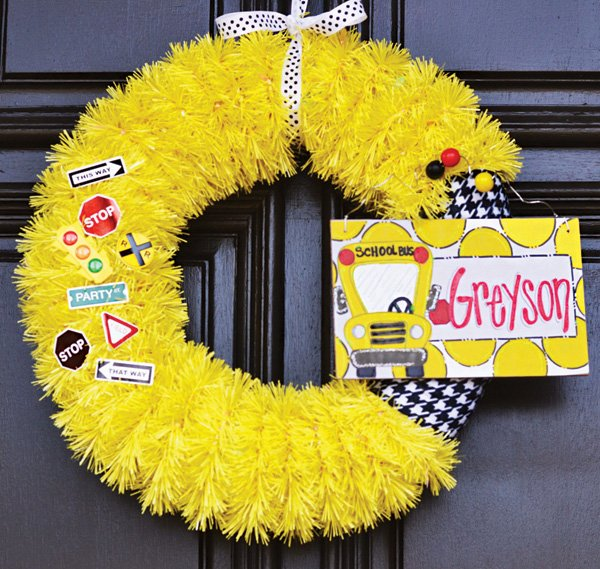 DIY yellow school bus inspired door wreath