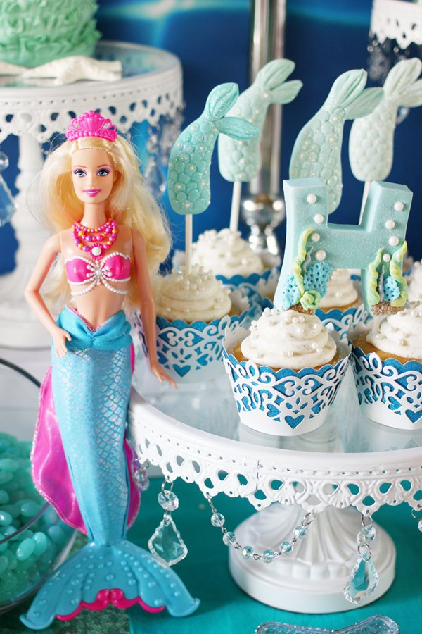 Barbie-pearl-princess-cupcakes