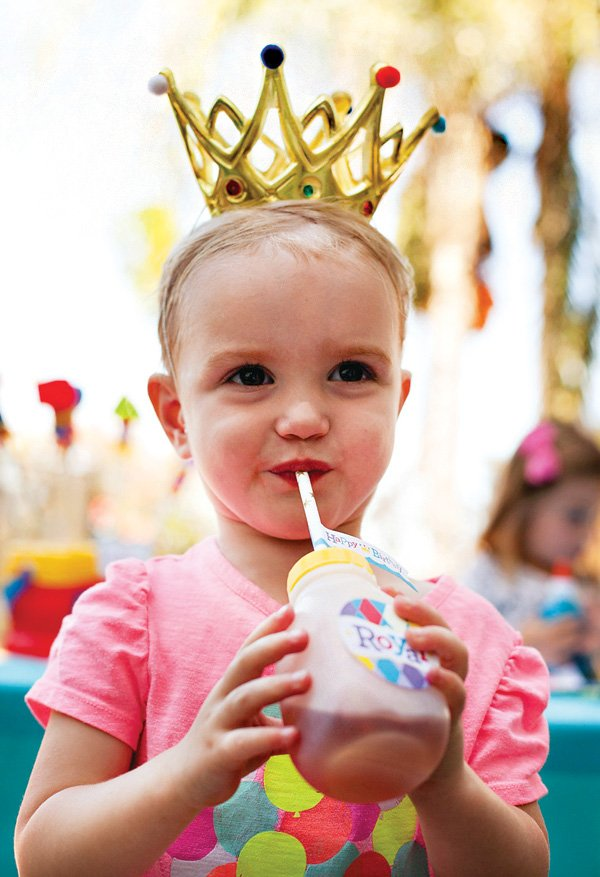 DIY Royal Birthday Party Crowns