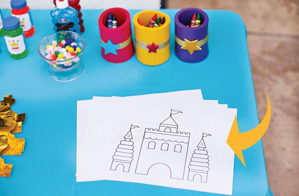 free royal birthday printables from HWTM - Birthday Castle Coloring