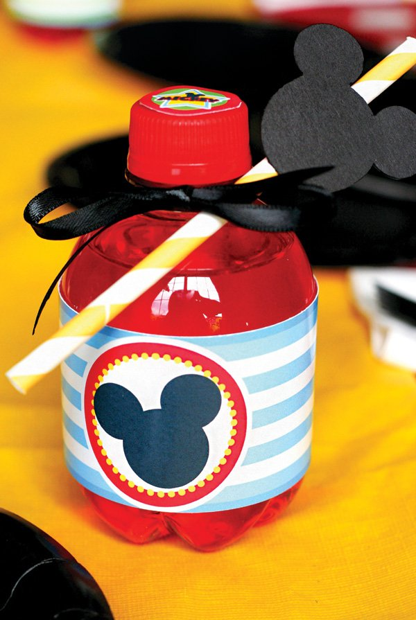 mickey mouse party drinks and water bottle labels