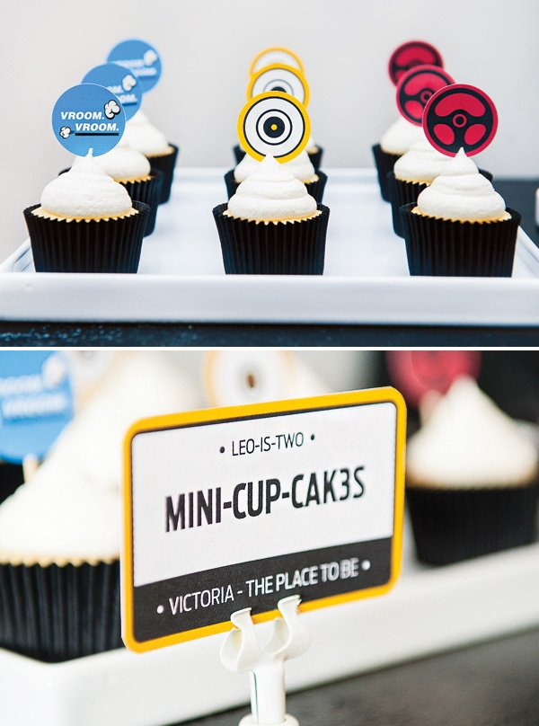 race car themed mini cucpakes