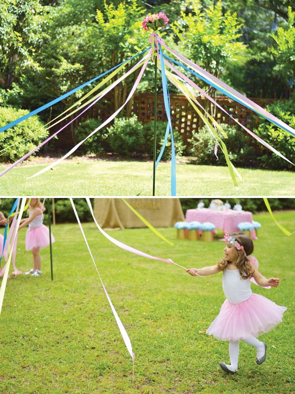 DIY ribbon streamer maypole