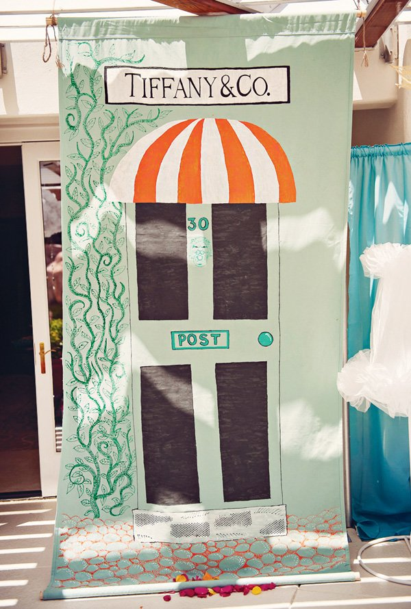 DIY painted tiffany and co. sign