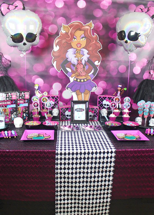 Monster-High-Candy-Table