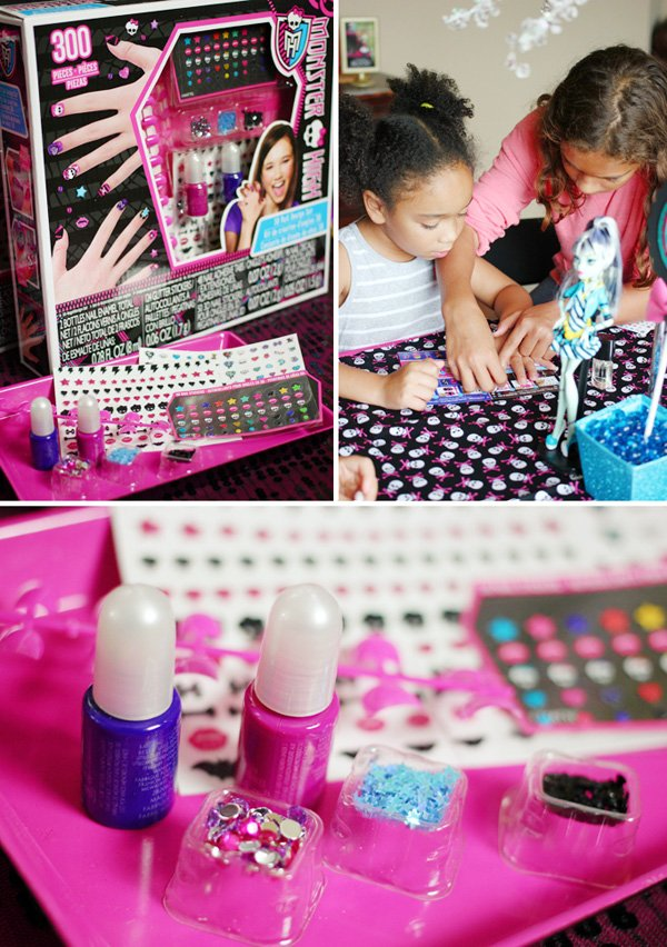 Monster-High-Nails