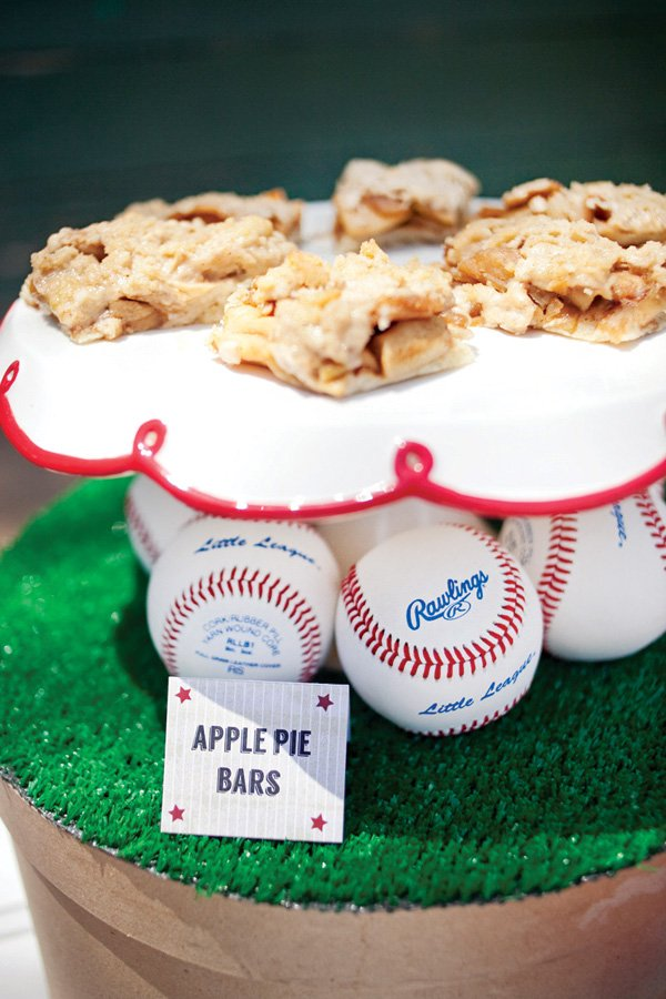 apple pie bars for a baseball birthday party