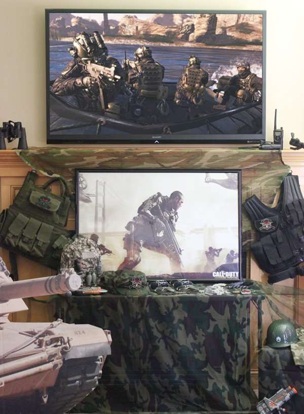 army-party-dress-up-table