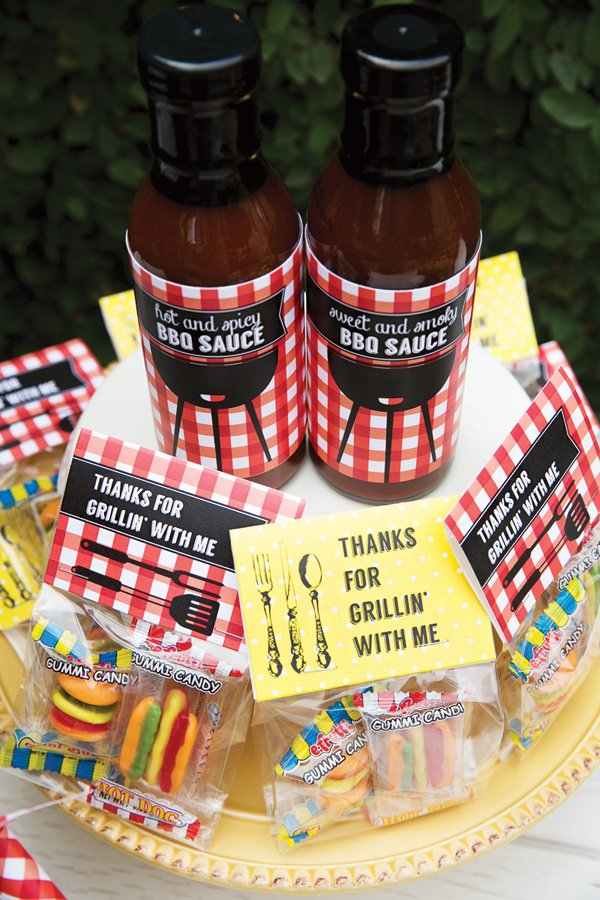barbecue sauce party favors