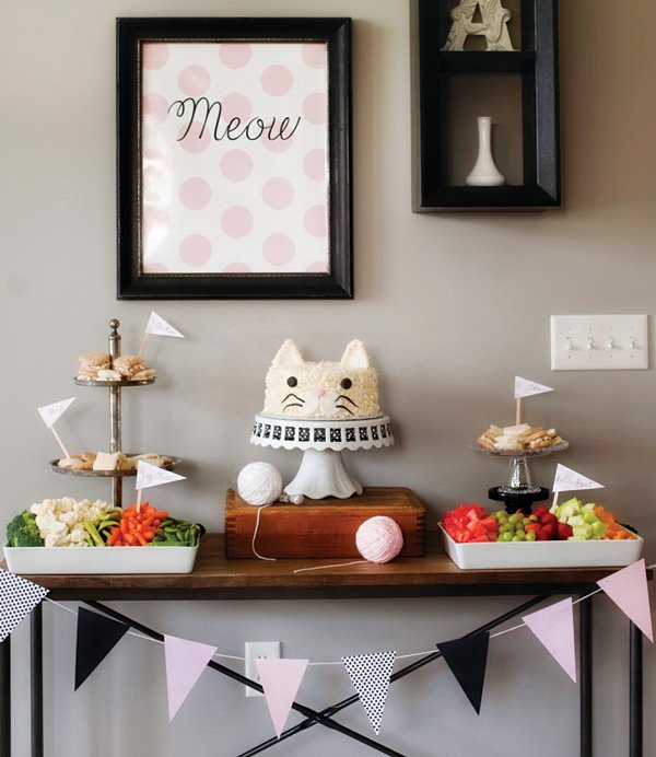 cat party dessert table