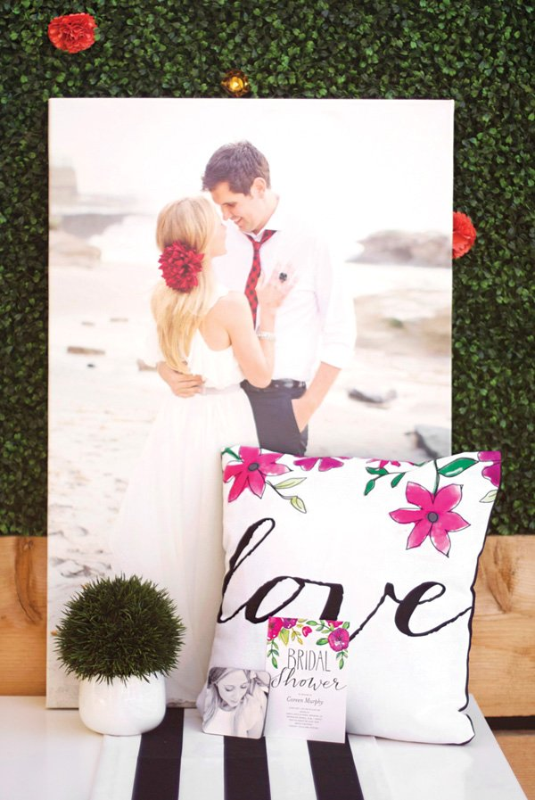custom pillow and canvas print designs from Shutterfly