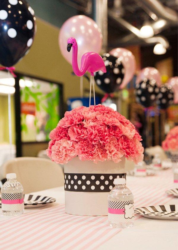flamingo party table centerpiece