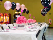 flamingo-party-table-setup