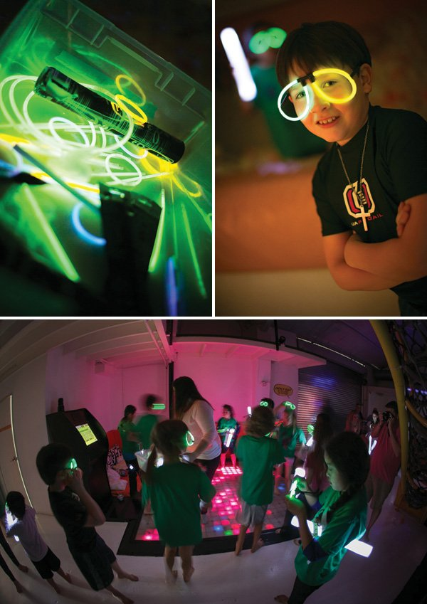 glow in the dark party glasses