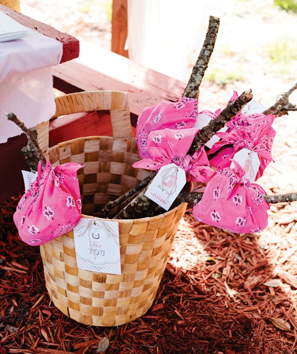 mini bindle party favors