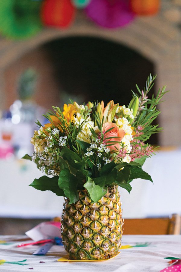 pineapple flower centerpiece