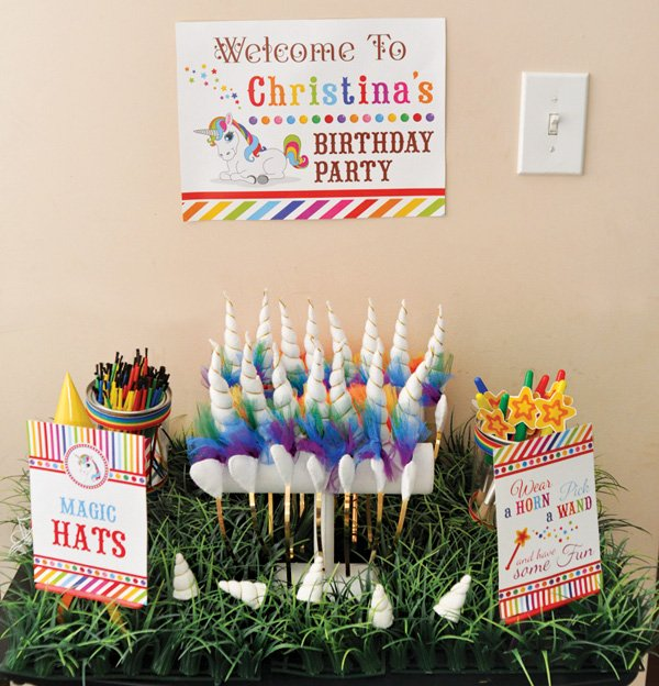 unicorn horn party favors