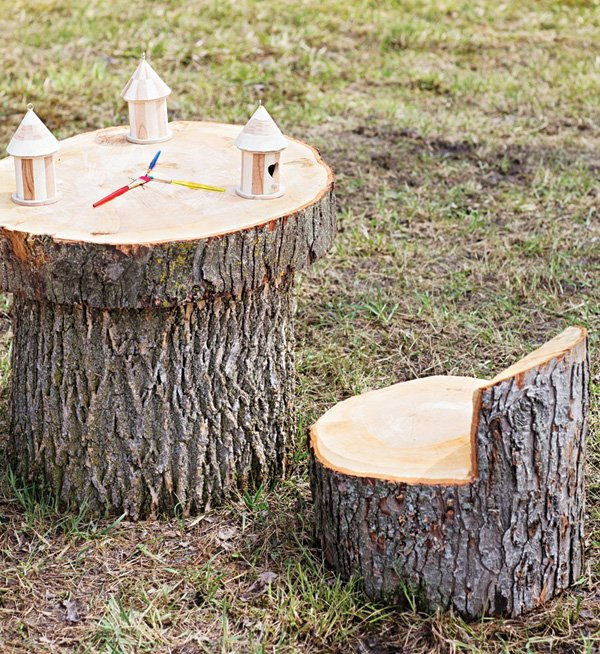 DIY wooden tree stump tables and chairs