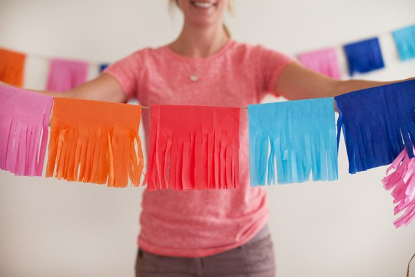 DIY Tutorial: Colorful Tissue Fringe Garland