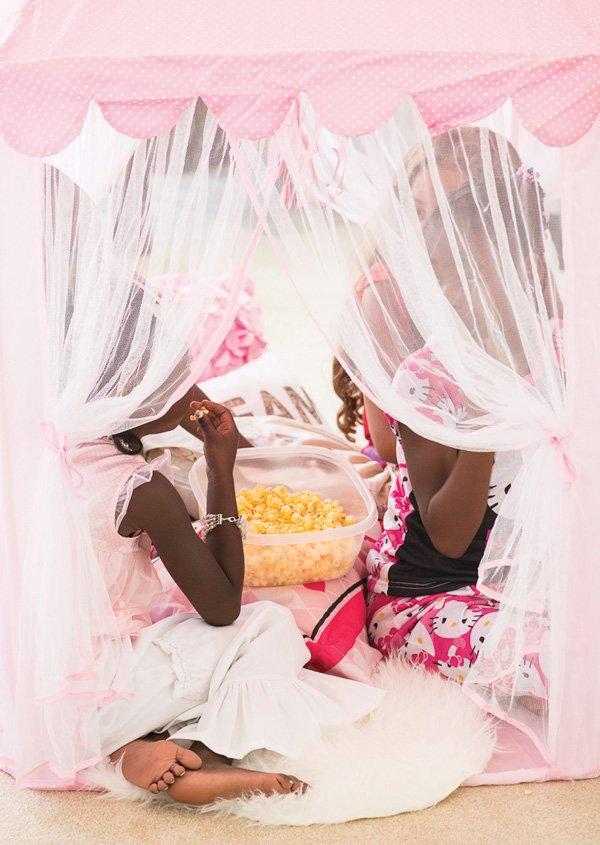girl's slumber party tent