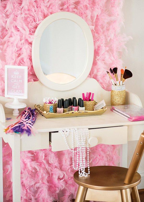 girly pink battlestation