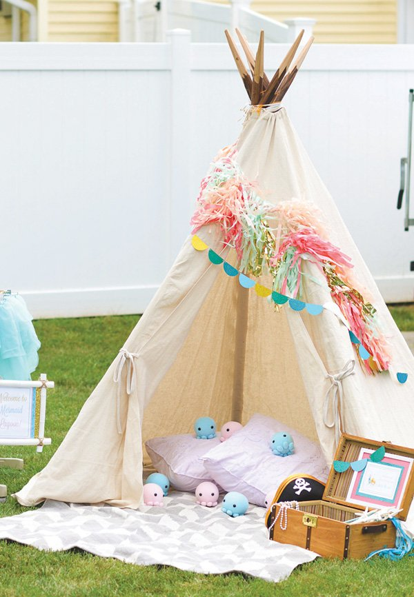 kid's birthday party outdoor teepee