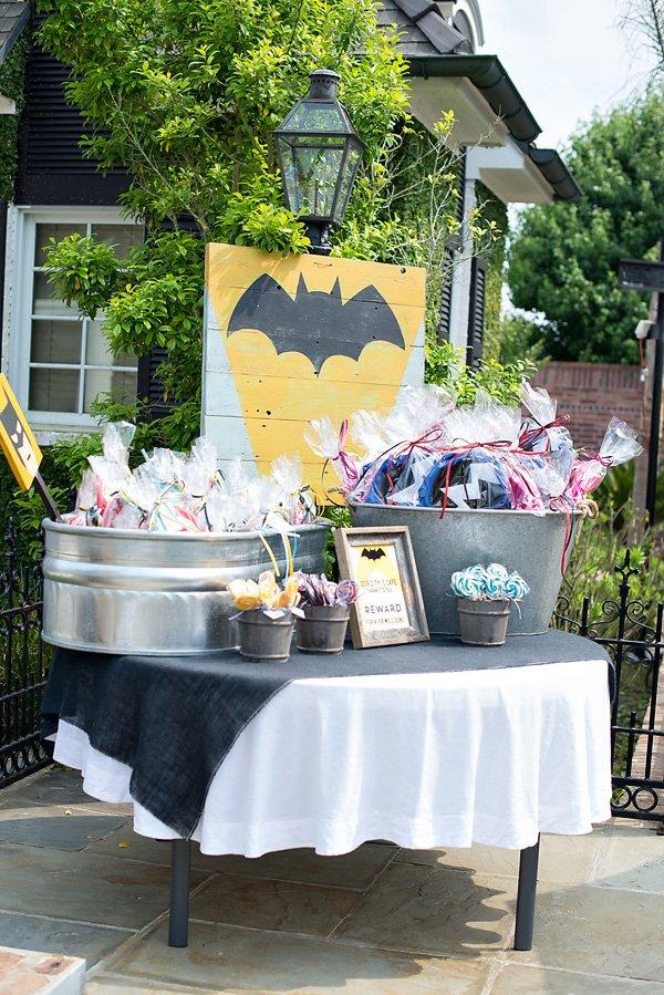 batman party favor station