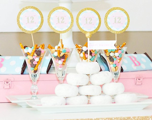 pink and blue party treats
