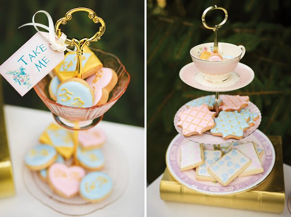 alice in wonderland inspired cookies