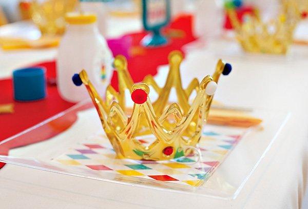 DIY royal birthday crown tutorial