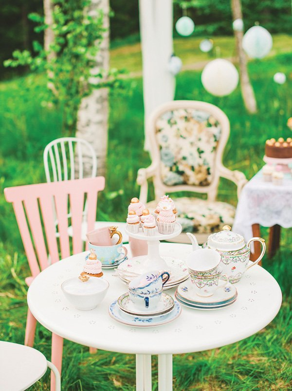 formal tea party tablescape decor
