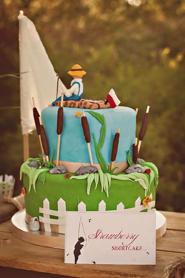 tom sawyer birthday cake
