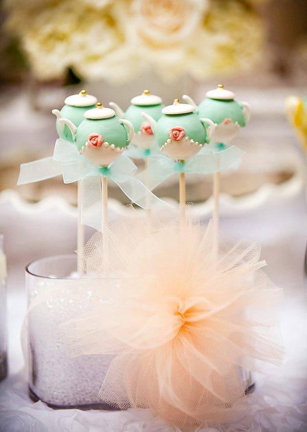 pretty teapot cake pops