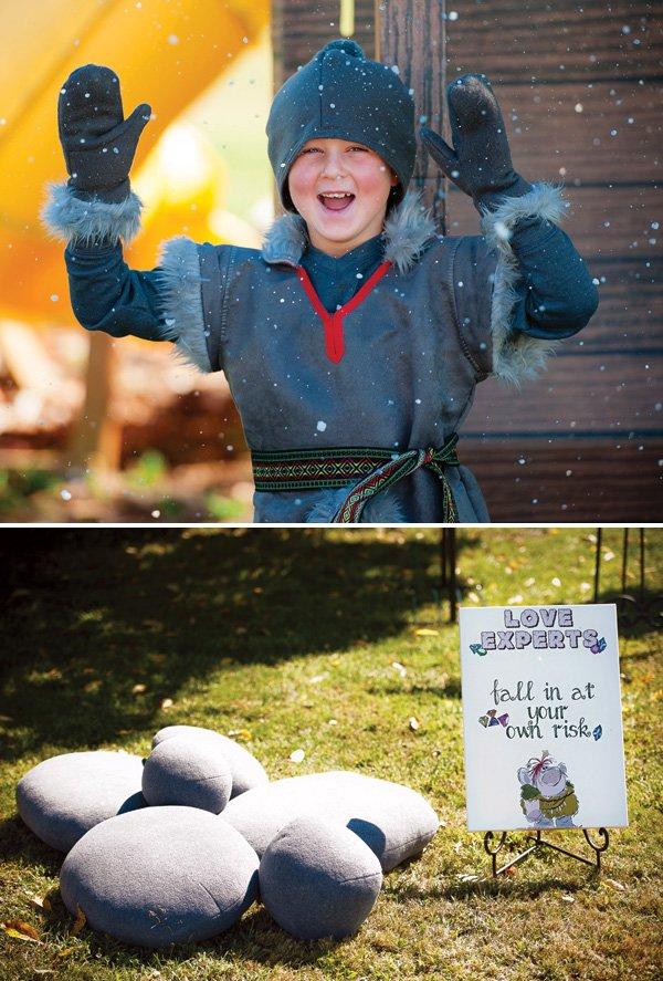 Frozen's Sven costume for kids