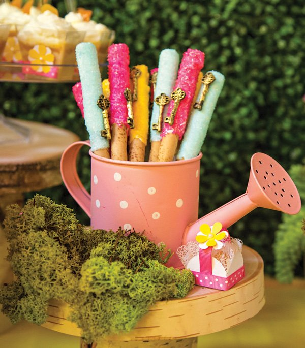 watering can dessert ideas