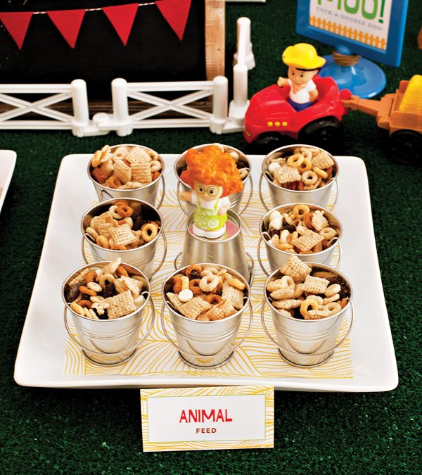 farm birthday party trail mix