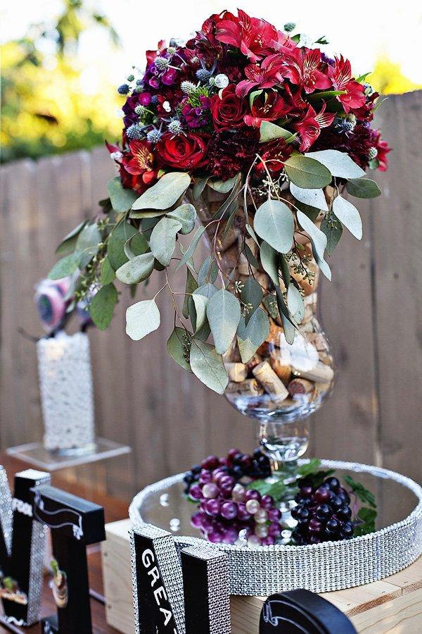 12_beautiful-wine-party-centerpiece-corks-flowers