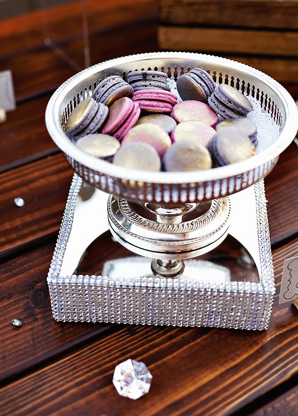 14_metallic-pink-purple-macarons