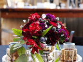 2_wine-party-floral-centerpiece