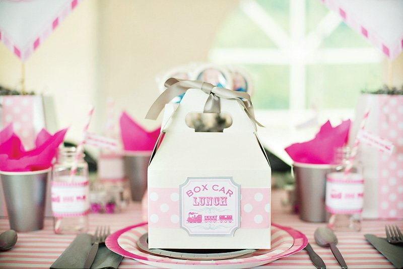 girlie train party box car lunches