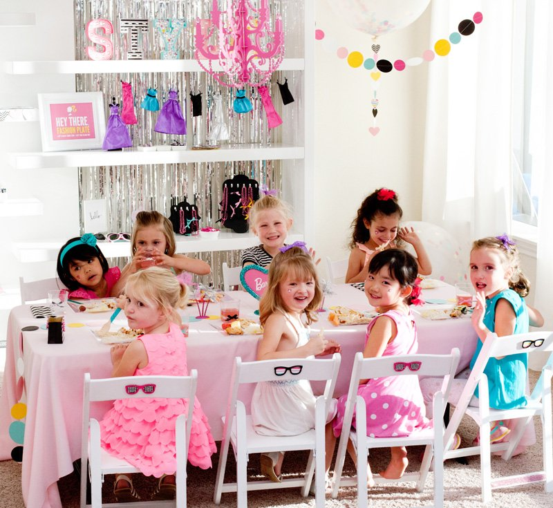 Barbie Kids Table