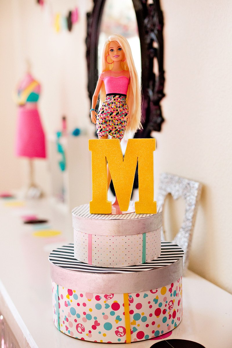 DIY Barbie Birthday Centerpiece