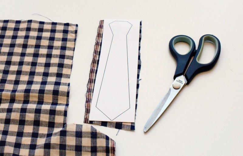 diy-neck-tie-garland-tutorial_3