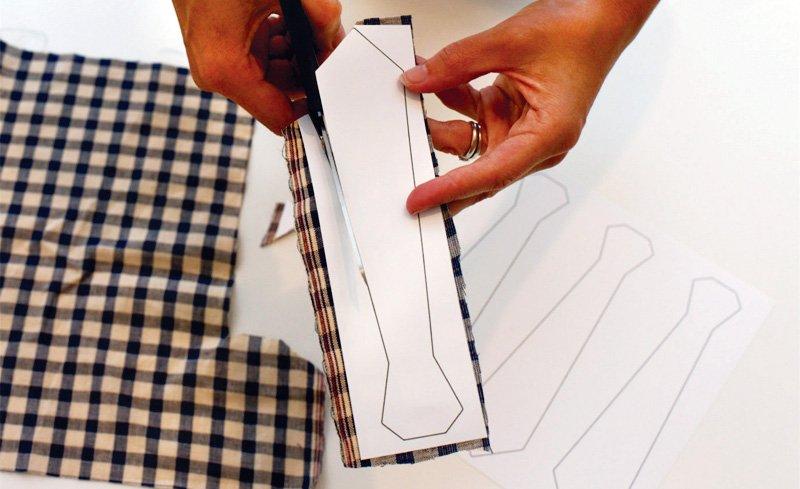 diy-neck-tie-garland-tutorial_4